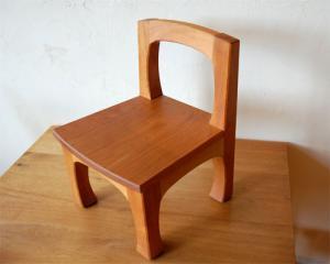 dc022009 弟作 桜の木子供椅子